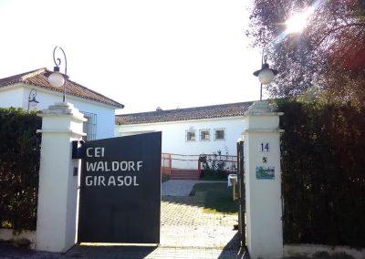 puerta escuela